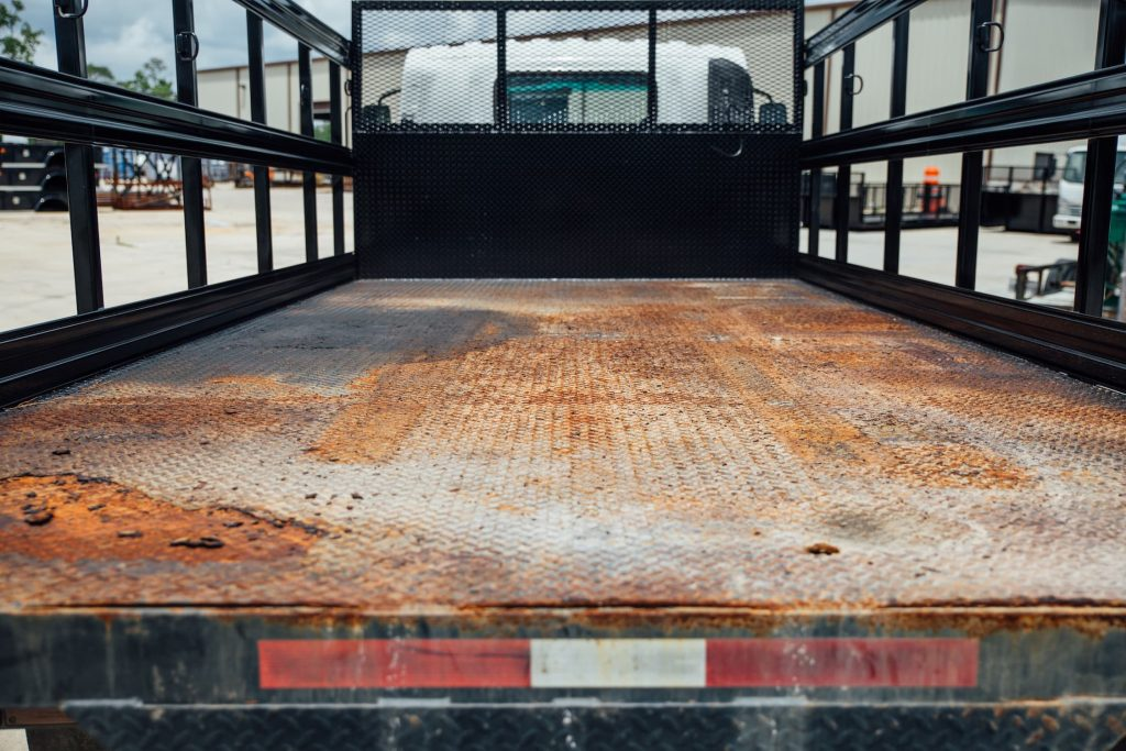 Flatbed rust refubrishment